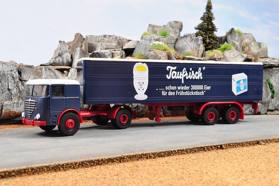 Macheta camion