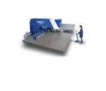 Masini de stantat CNC