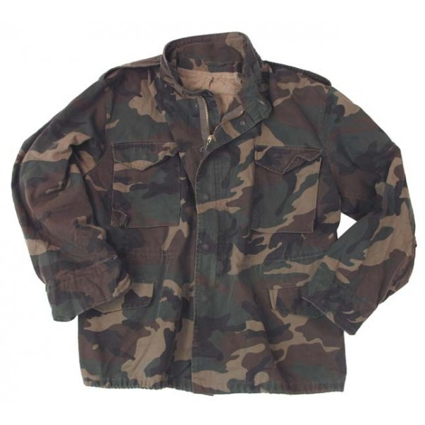 Jacheta militara