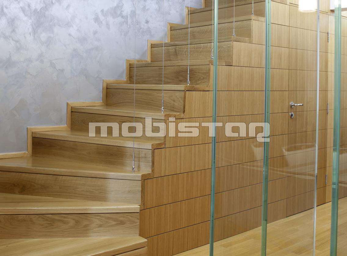 Scari drepte lemn masiv
