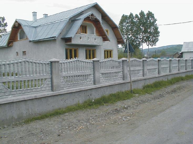 montaj gard placi beton montaj gard placi beton. Black Bedroom Furniture Sets. Home Design Ideas