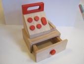 Jucarie de lemn casa de marcat