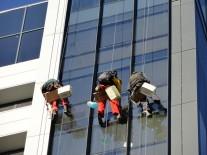 Curatare fatade vitrate Neamt