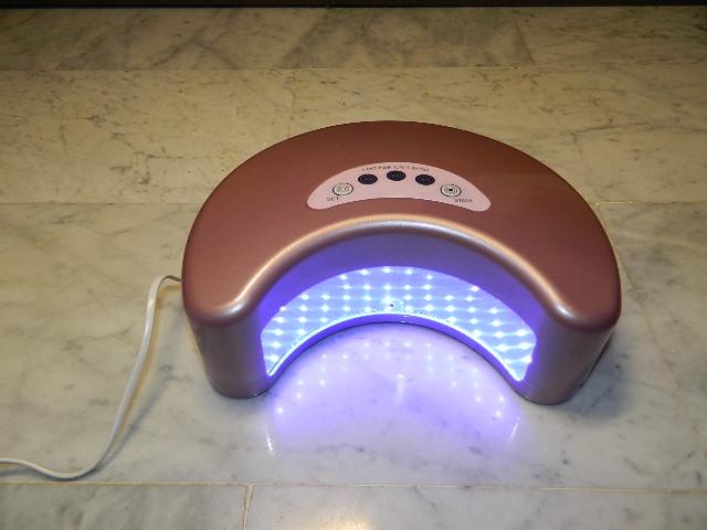 Lampa UV manichiura