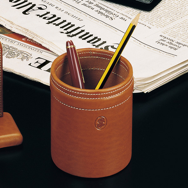 Suport instrumente de scris birou