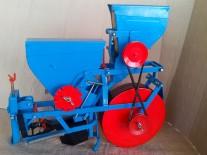 Motocultor semenatoare