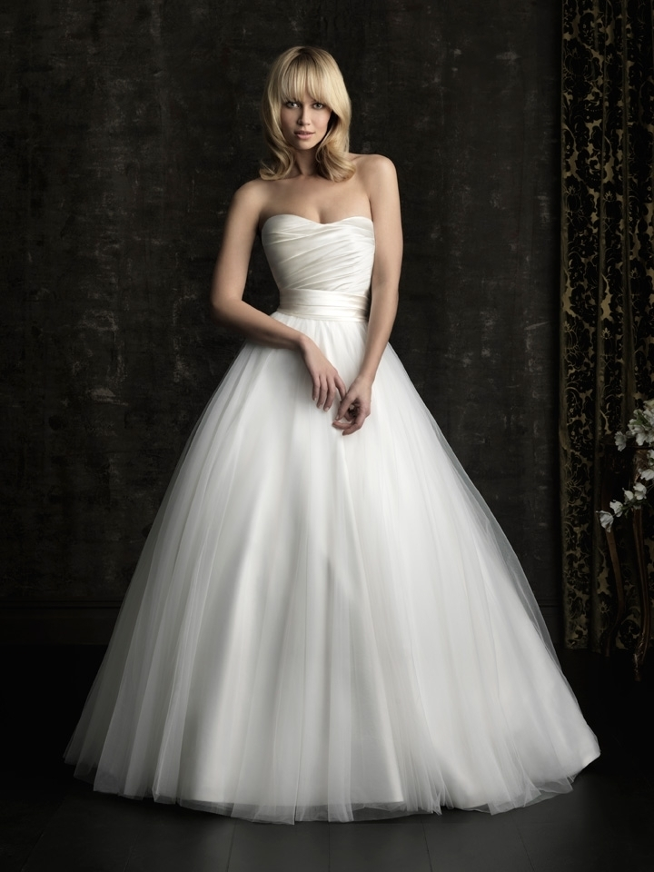 Allure Bridals 8957