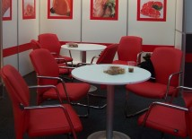 Inchiriere mobilier expozitional