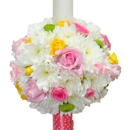 Lumanare botez fete din trandafiri si crizanteme