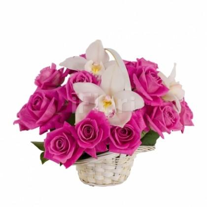 Cos trandafiri ciclam orhidee imperiala