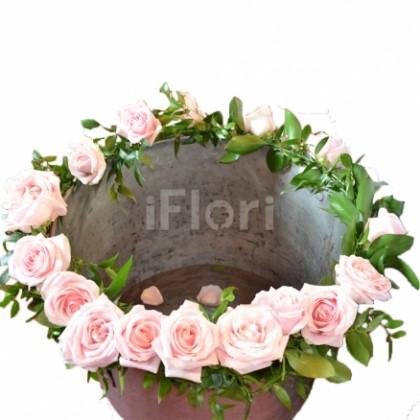 Decor cristelnita botez trandafiri roz