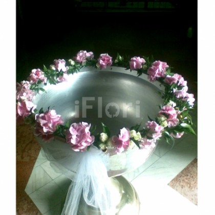 Aranjament floral cristelnita hortensia roz