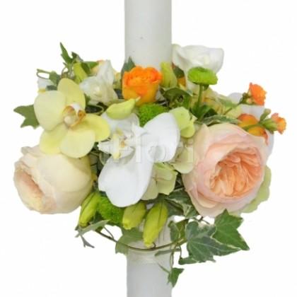 Lumanare de botez cu hortensia si trandafiri