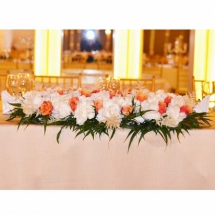 Prezidiu trandafiri cu hortensia