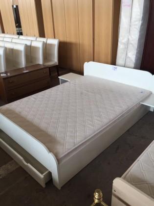 Mobilier second hand dormitoare