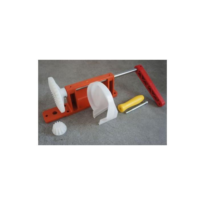Mecanism manual pentru centrifuga apicola