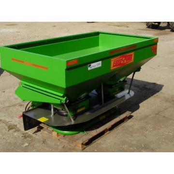 Masina de imprastiat ingrasaminte 600 - 3000 litri