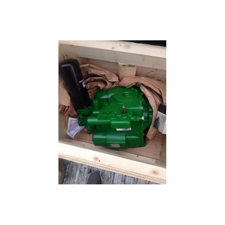 Pompe hidrostatice combine John Deere