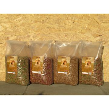 Hrana uscata pentru caini de talie mica