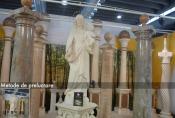 Coloane si statuete din marmura