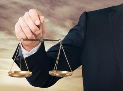 Drept comercial şi societar