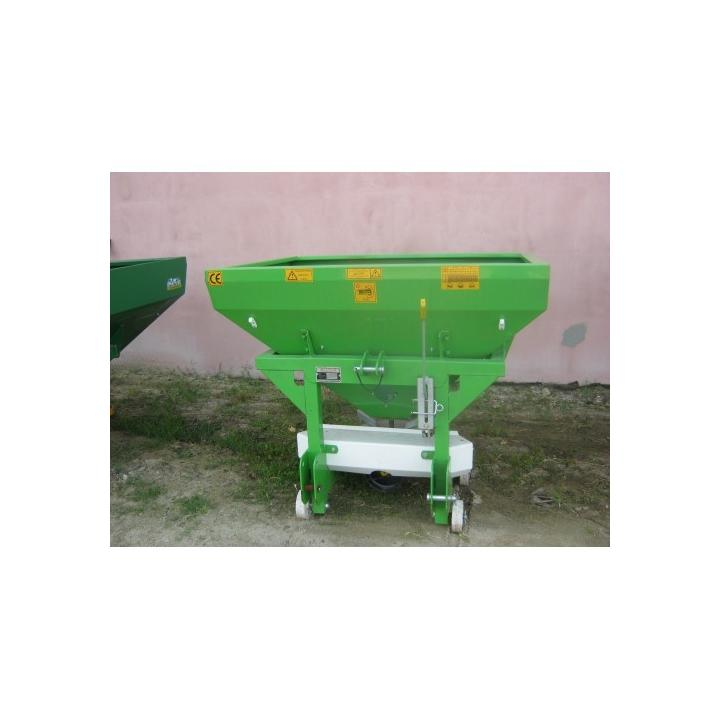 Masina de fertilizat 500 l