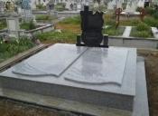 Morminte granit