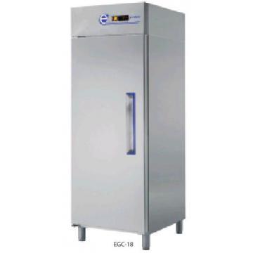 Congelator vertical cu o usa