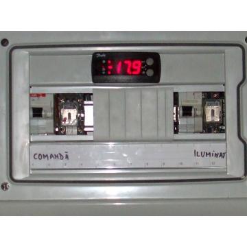 Tablou electronic pentru comanda si control camere frig