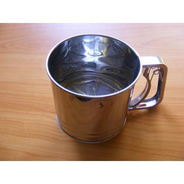 Dispozitiv pentru pudrat zahar si cacao
