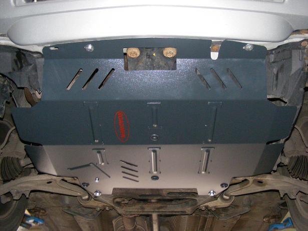 Scuturi metalice Nissan
