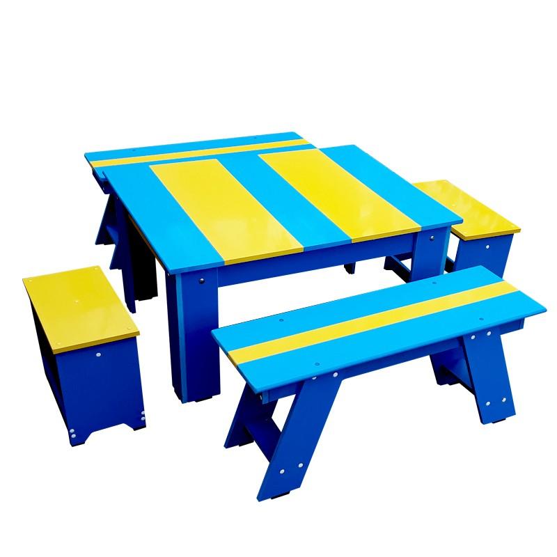 Vindem set masa scaune bancute de cea mai buna calitate