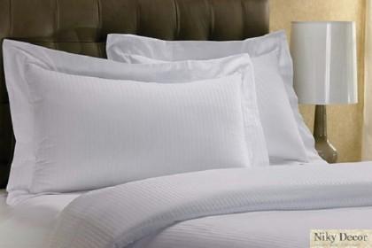 Lenjerie de pat din damasc satinat in dungi