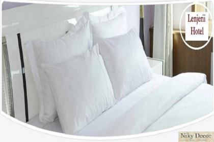Lenjerii de pat din damasc pentru Hotel de la Niky Decor