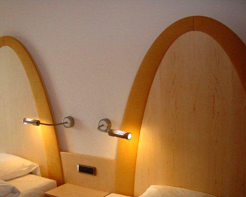 Corpuri de iluminat pentru camera