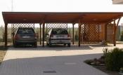 Garaje, carporturi auto, depozite din lemn