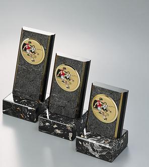 Trofee din lemn