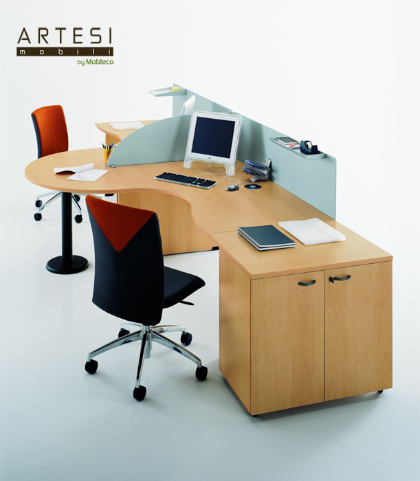 Mobilier birou operational la comanda