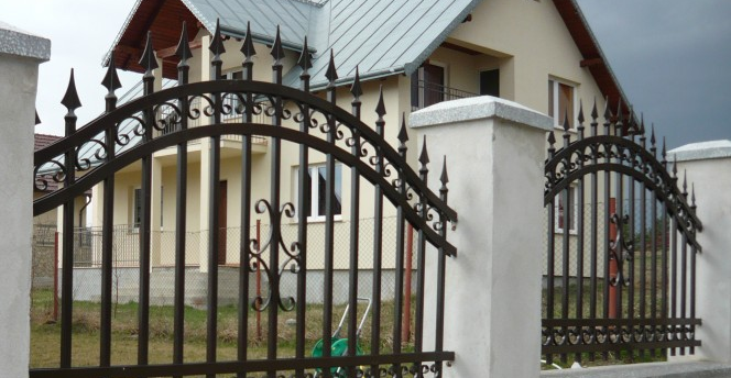Garduri fier forjat Bacau